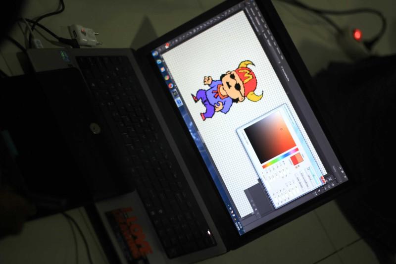 Bikin Pixel Art itu gampang-gampang asik! Kalo mau hasilnya keren dan profesional, harus jeli dalam membuatnya!